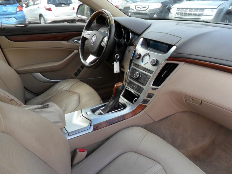 Cadillac CTS Sedan 2010 price $6,400