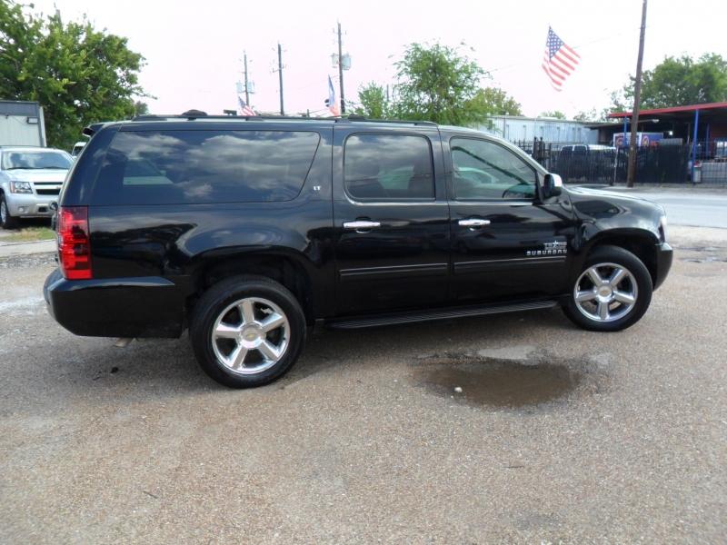 Chevrolet Suburban 2011 price $6,900