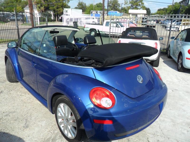Volkswagen New Beetle Convertible 2008 price $5,500