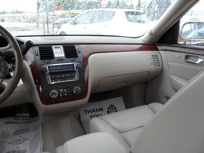 Cadillac DTS 2006 price $4,200