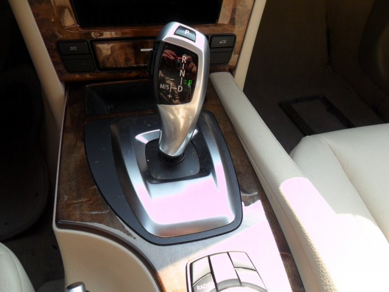 BMW 5-Series 2010 price $7,800