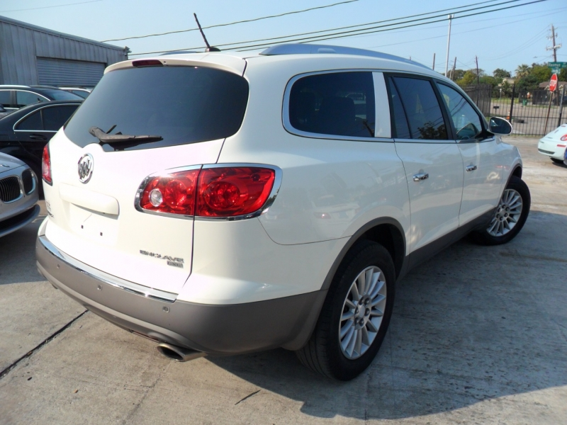 Buick Enclave 2011 price $6,400