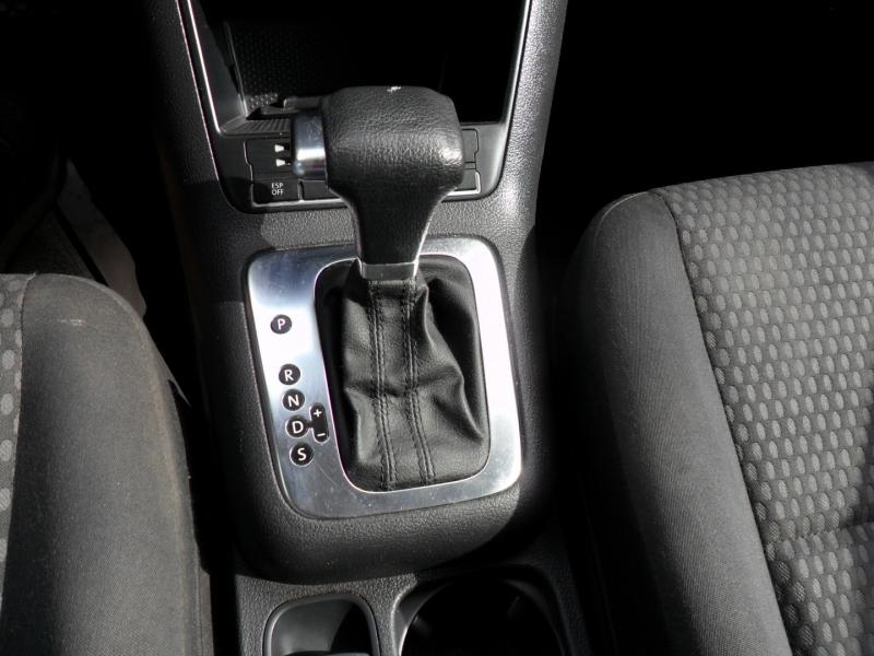 Volkswagen Tiguan 2010 price $5,400