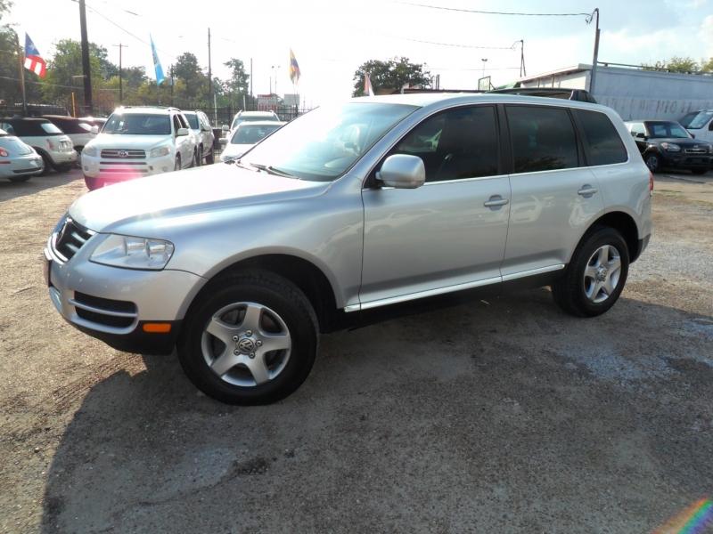 Volkswagen Touareg 2005 price $4,500