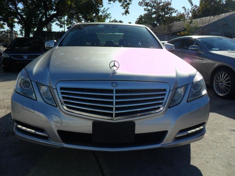 Mercedes-Benz E-Class 2011 price $9,600
