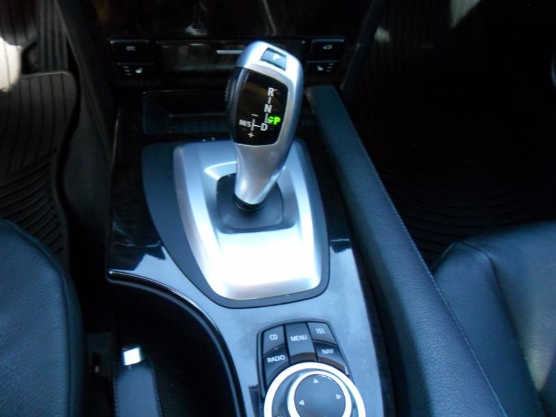 BMW 5-Series 2010 price $8,900