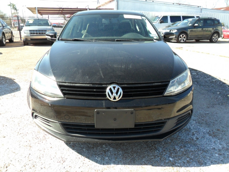 Volkswagen Jetta Sedan 2012 price $5,200