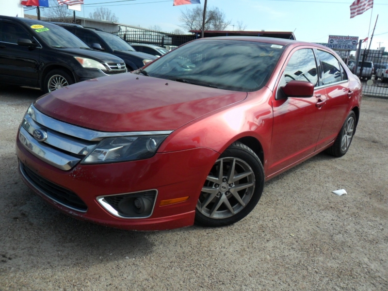 Ford Fusion 2011 price $3,900