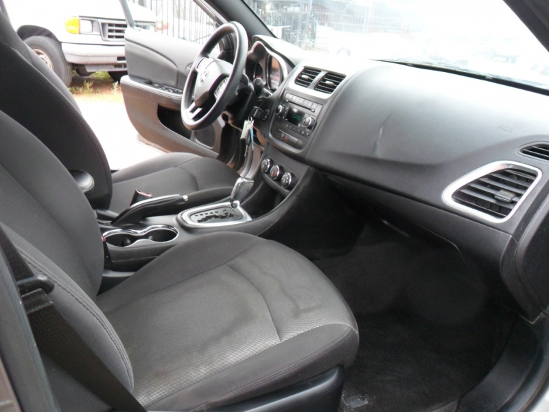 Dodge Avenger 2013 price $5,200