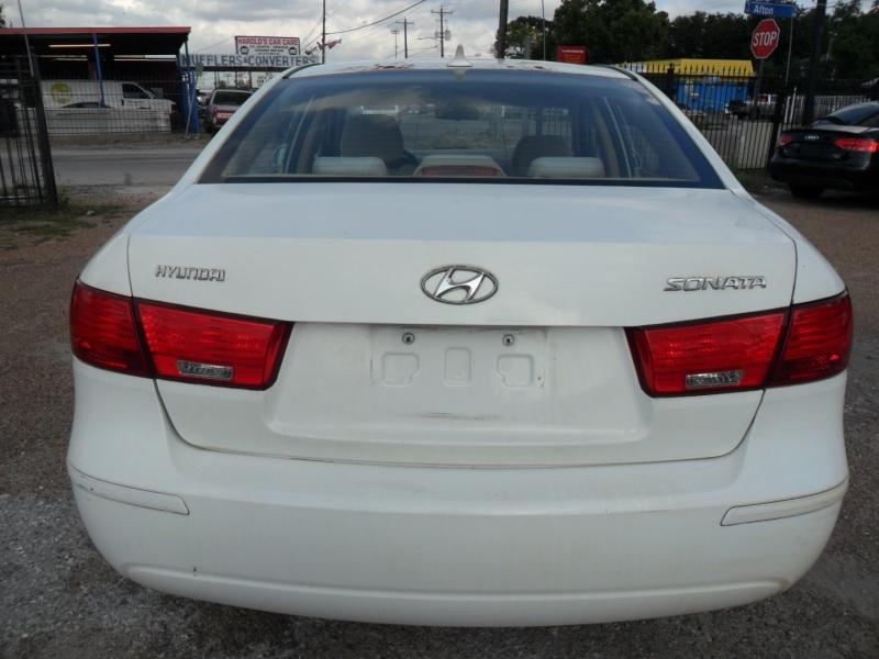 Hyundai Sonata 2009 price $4,200