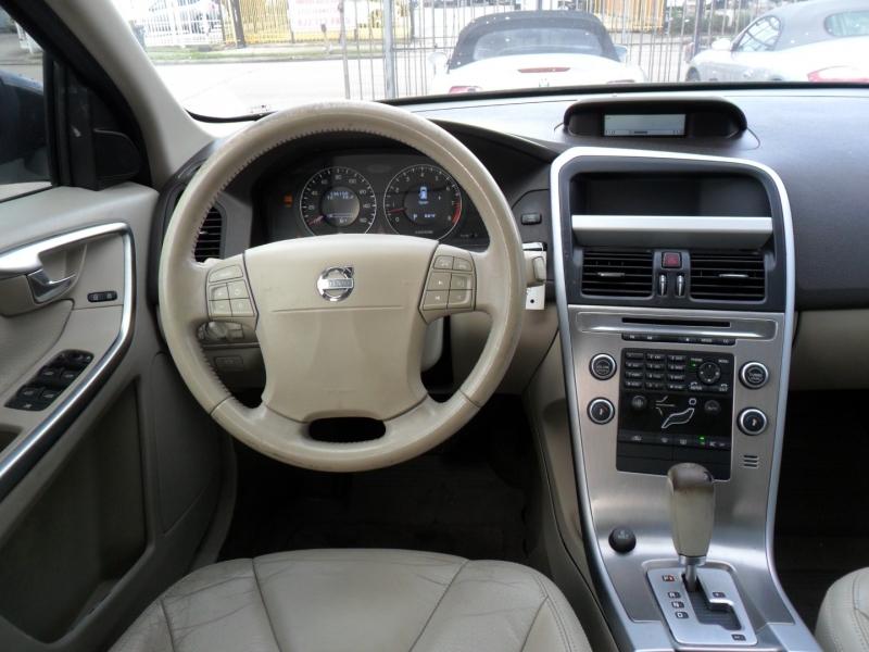 Volvo XC60 2010 price $6,600