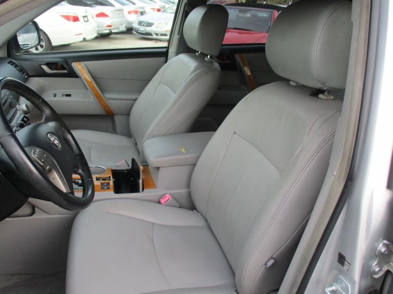 Toyota Highlander Hybrid 2008 price $6,500