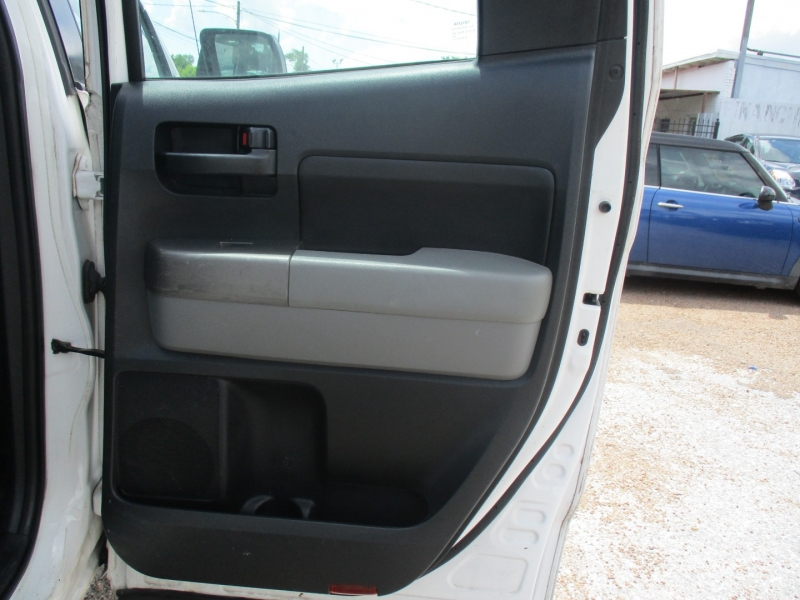 Toyota Tundra 2WD Truck 2012 price $10,900
