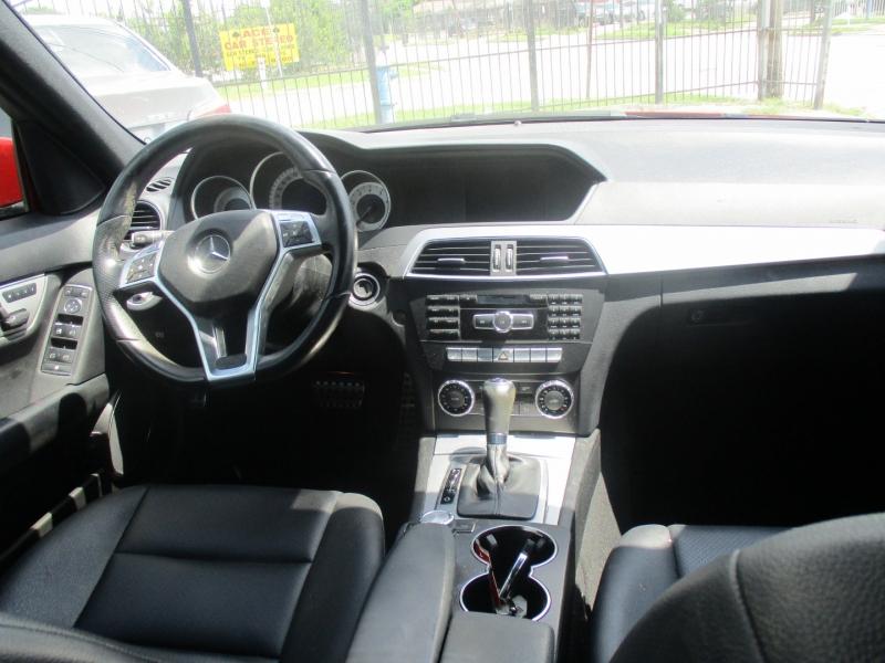 Mercedes-Benz C-Class 2013 price $8,900