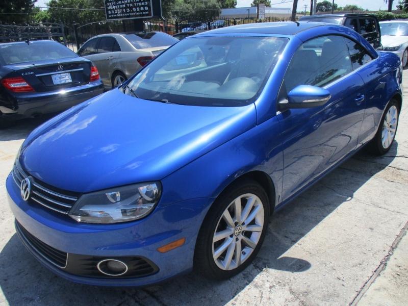 Volkswagen Eos 2012 price $5,600