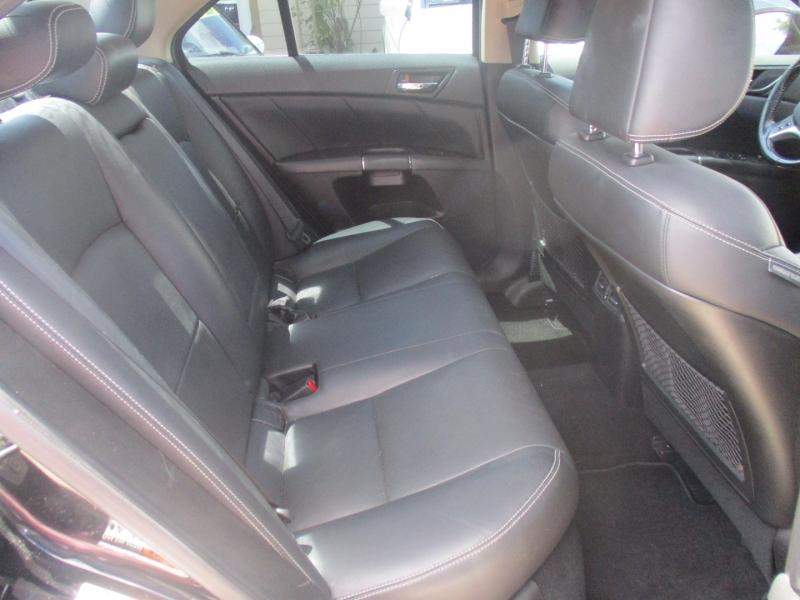 Suzuki Kizashi 2011 price $5,400
