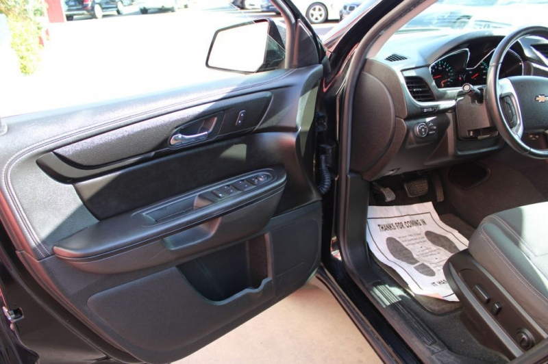 Chevrolet Traverse 2017 price $21,995