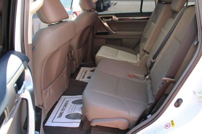 Lexus GX 460 2018 price $46,995