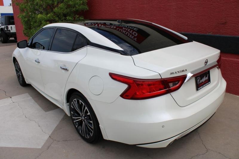 Nissan Maxima 2017 price $25,995