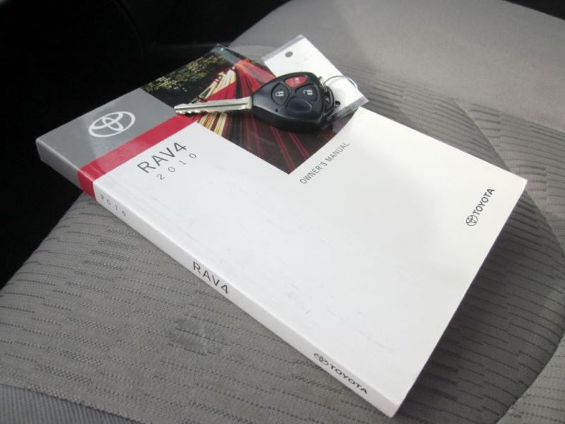 TOYOTA RAV4 2010 price $8,999