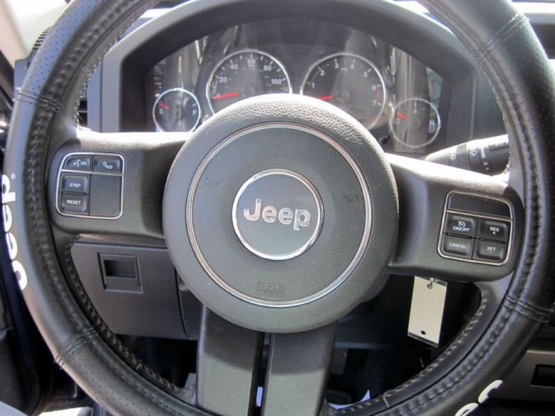 JEEP LIBERTY 2012 price $7,499