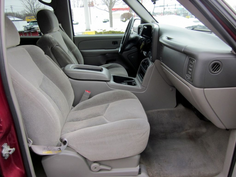 CHEVROLET TAHOE 2005 price $6,499