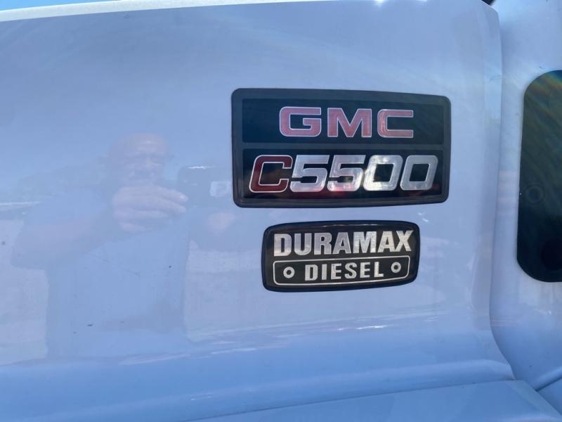 GMC C5500 2006 price $21,990