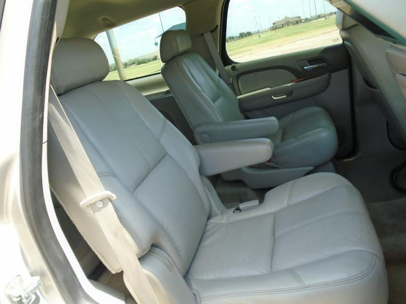 Chevrolet Tahoe 2007 price $9,399