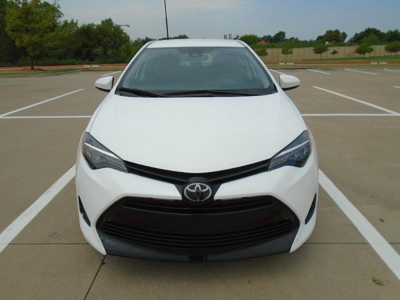 Toyota Corolla 2019 price $14,999