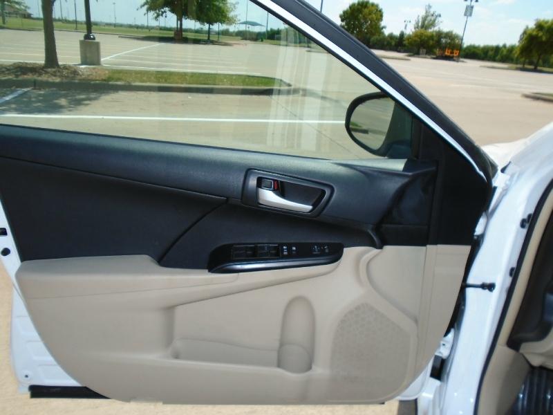 Toyota Camry 2013 price $10,899