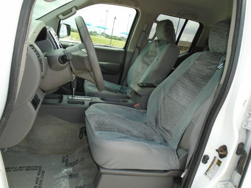 Nissan Frontier 2014 price $15,499
