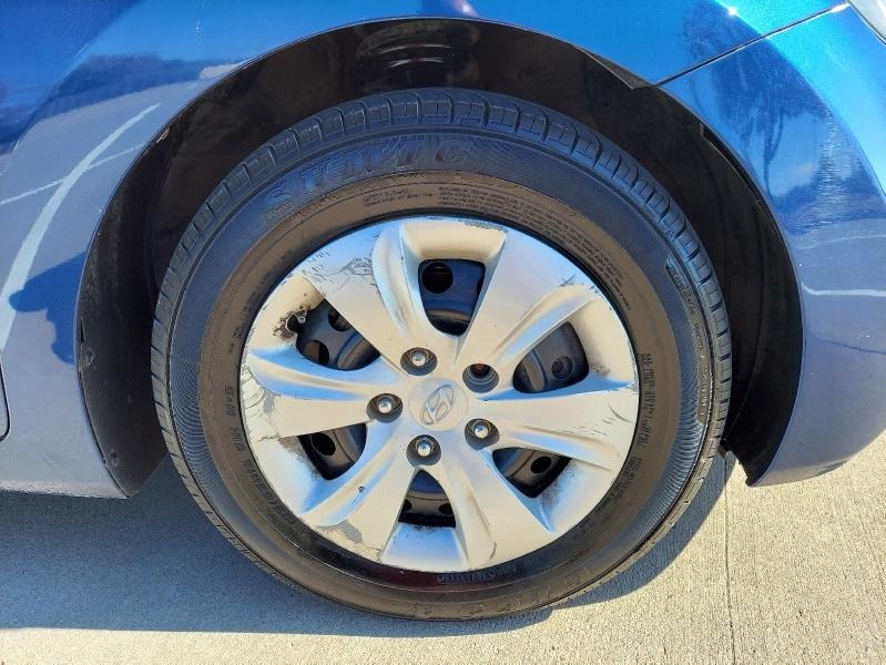 Hyundai Elantra 2016 price $9,888