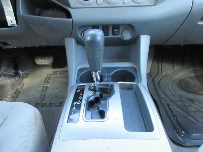 Toyota Tacoma 2010 price $12,999