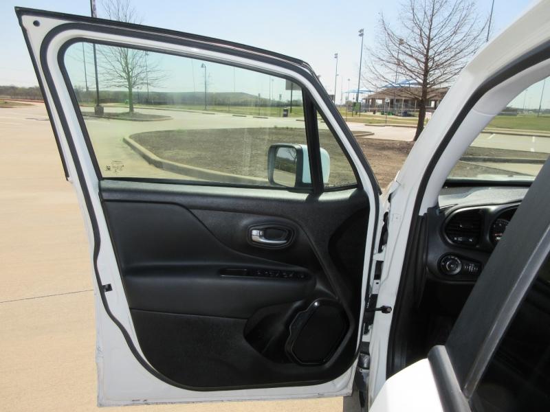 Jeep Renegade 2018 price $16,999
