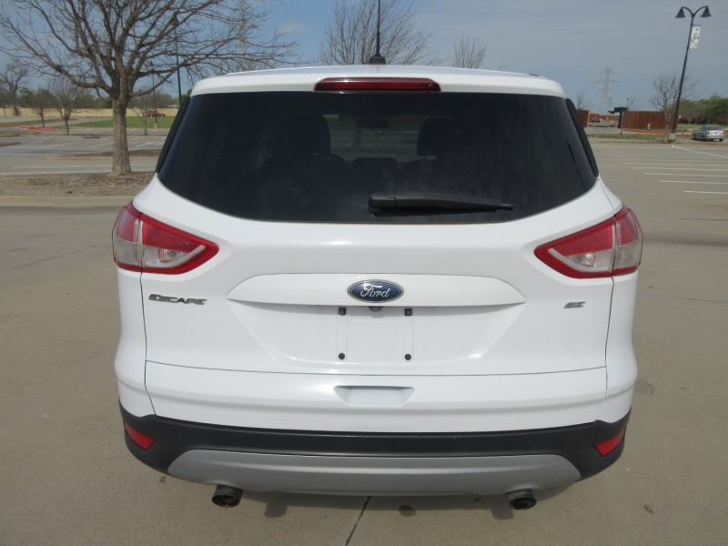 Ford Escape 2015 price $10,999