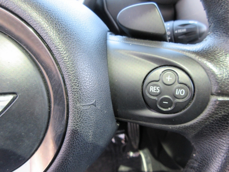 Mini Cooper Countryman 2012 price $9,499