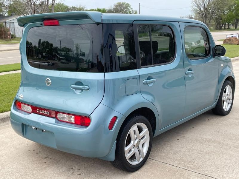 Nissan cube 2009 price $4,999