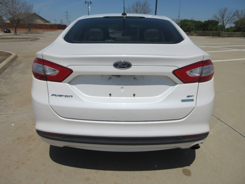 Ford Fusion 2013 price $10,499
