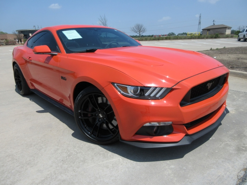 Ford Mustang 2016 price $33,999