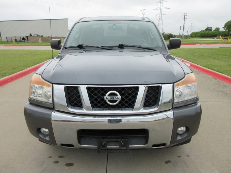 Nissan Titan 2013 price $13,999