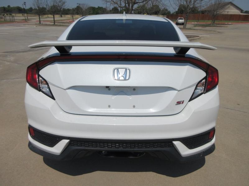 Honda Civic Si Coupe 2019 price $16,999