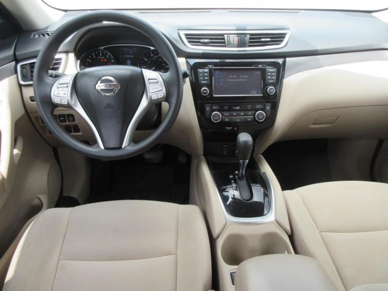 Nissan Rogue 2016 price $16,999