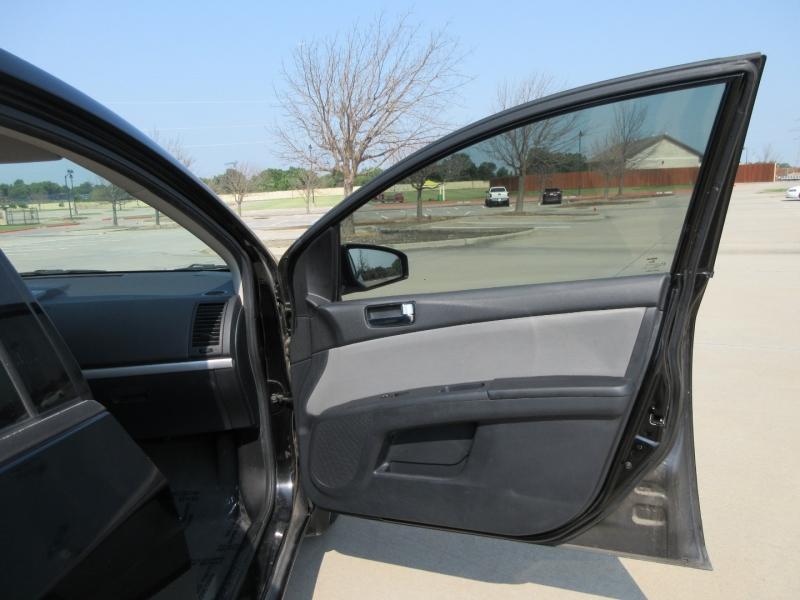 Nissan Sentra 2010 price $7,499