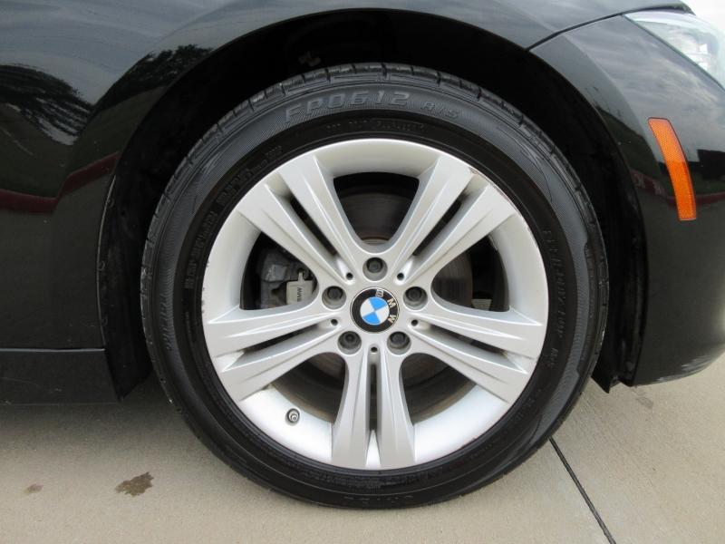 BMW 3-Series 2016 price $19,777