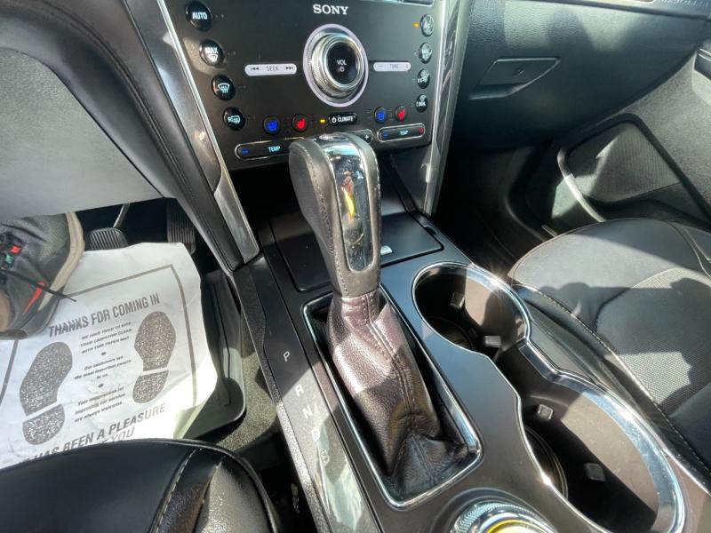 Ford EXPLORER PLATINUM 4WD 2018 price $34,977