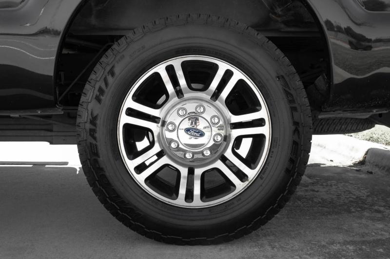 Ford Super Duty F-250 Platinum 4WD 2015 price $35,977