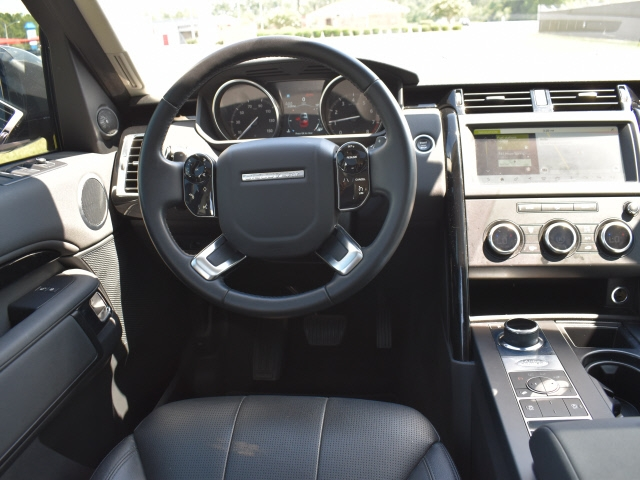 Land Rover Discovery 2019 price $39,900