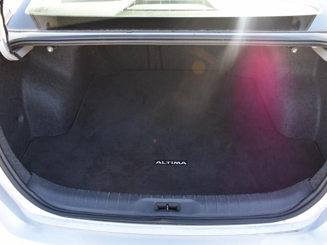 Nissan Altima 2020 price $18,900
