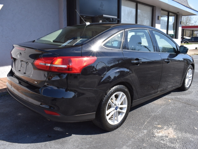 Ford Focus 2017 price $10,900