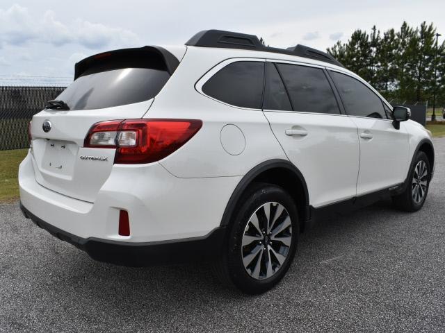 Subaru Outback 2015 price $18,900